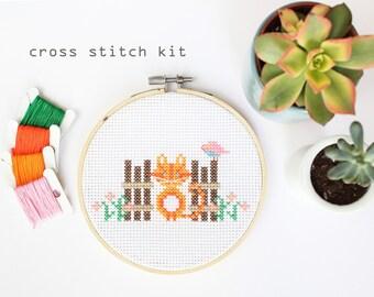 Mini Cat -  Modern DIY cross stitch kit - Beginners cross stitch kit- kids cross stitch kit