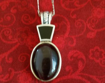 CP112 Vintage Sterling Silver Necklace with Sterling Silver Pendant with Amethyst Cabochon