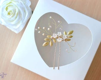 Wedding hair pin Gold leaf Flowers pin Champagne Beaded headpiece floral hair pin Bridal Hair Accessories Bride hair jewelry Cream hair pin