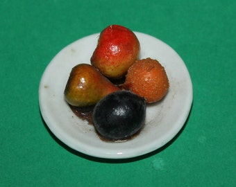 Vintage Dolls House Fruit On A Plate