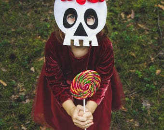 Sugar skull mask, felt girl skeleton mask, Halloween costume, Dia de los muertos accessory, monster carnival dress up, mask with flowers