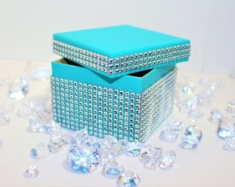TIFFANY WEDDING FAVOR Style Wedding Party Favor Boxes - White Ribbon Included with Diamond Wrap, Blue Favor Boxes - Aqua Boxes - 4 X 4 boxes