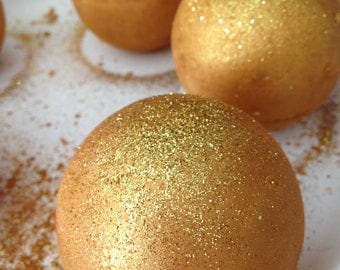 Wholesale Golden Chardonnay Bath Bomb/Gold Glitter Bath Bomb/Bridesmaid Gifts Bridal shower/Wine /Golden/White Wine Bath/free shipping