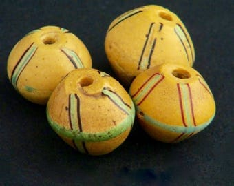 V58-  4 Yellow biconical antique Venetian King beads