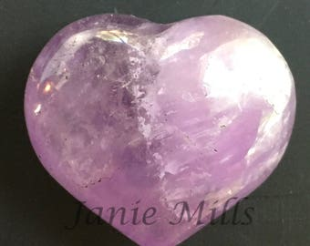 Amethyst heart stone