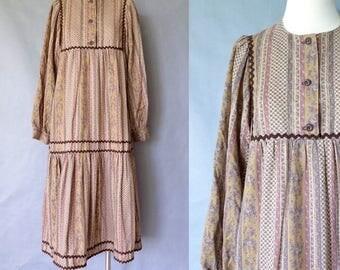 Vintage dress/ moomoos dress/ maxi dress/ market dress/ A line dress/ field dress women's size S/M
