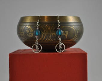 Yoga earrings, Tree Pose earrings, Yoga jewelry, Blue earrings, Silver earrings, Dangle earrings