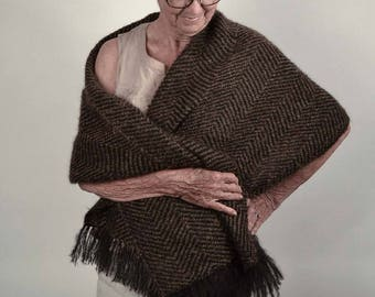 Shawl, pashmina woven by hand, in black and brown mohair. Handwoven wrap, large scarf in black and dark brown mohair.