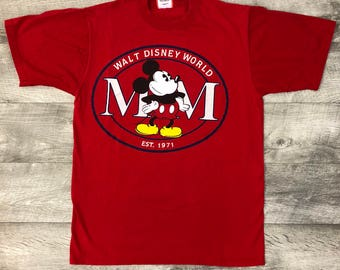 Vintage 90s Mickey Mouse Walt Disney World Red Short Sleeve Graphic Tee Shirt - Medium