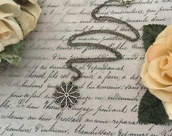 Silver Filigree Necklace, Filigree Necklace, Filigree Jewelry, Silver Necklace, Silver Jewelry, Floral Necklace, Floral Jewelry