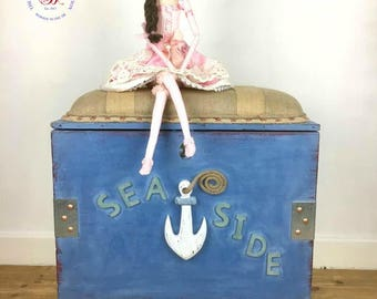 Upholstered Seaside Themed Storage Box/Seat on Castors