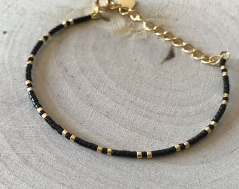 Adjustable strap in black and Golden Miyuki beads