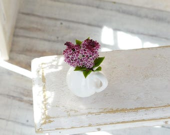 "A branch of varietal lilac ""Sensation"" 1/12 scale, free shipping, dollhouse decor, dollhouse flowers, dollhouse miniatures,"