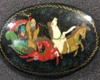 Vintage hand painted Three horses dashing with a sleigh pin hand made in Russia