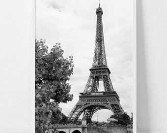 Eiffel Tower,Eiffel Tower print,Paris,Paris wall art,Paris print,Digital wall art,Black and white photography,Digital wall art,photography