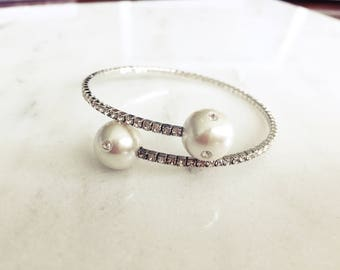 Wrap around Crystal Studded Expandable Pearl Bracelet Cuff