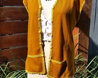SALE: Vintage Mustard Yellow Knit Vest/Gilet