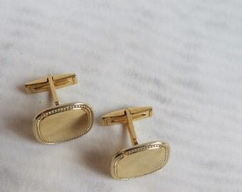 Vintage GOLD CUFF LINKS