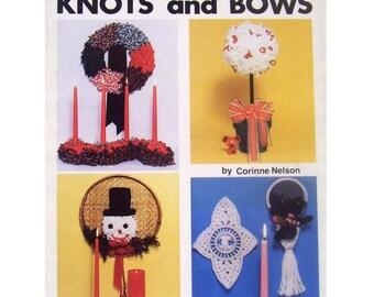 Christmas Knots and Bows