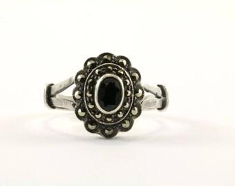 Vintage Floral Design Marcasite Ring 925 Sterling Silver RG 498