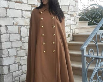 Moschino Cheap and Chic cachemire and wool camel cape