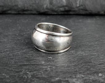 Sterling Silver Thick Ring - Size 7.5 - Vintage
