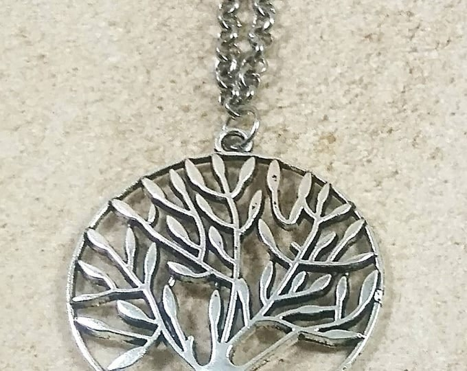 Tree necklace, tree of life pendant, silver tree necklace, nature jewelry, nature gift, gift of nature, silver jewelry, chain necklace,