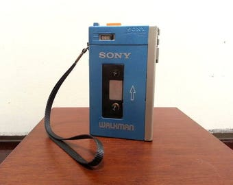 Sony TCM-600 repainted to match the TPS-L2 Walkman - Not Working - cosplay MDR-5a cassette player costume guardians of the galaxy baby groot