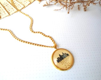 Gold Necklace, Medallion Necklace, Short Necklace, Cameo Necklace,New York, Necklace with Cabochon, Pendant Necklace,Gift for Her,Gift Ideas
