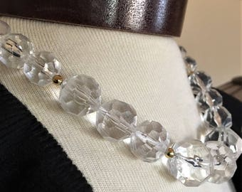 Vintage Graduated Clear Lucite Bead Necklace