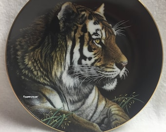 Hamilton Collection Collector Plate - Nature's Majestic Cats - 'Siberian Tiger' (#152)