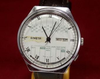 Vintage RAKETA College Calendar Very RARE Soviet Mechanical Wristwatch