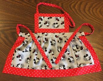 Minnie & Snoopy Children's Aprons