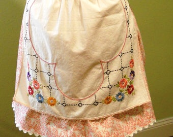Half Apron - Coral Floral Embroidered Apron/Vintage Apron/Teacher Gift