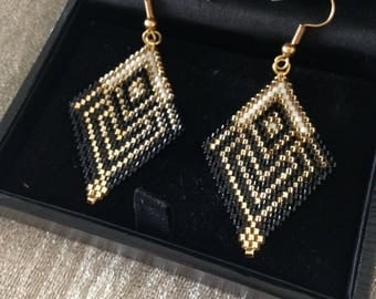 Black Miyuki beads earrings, gold