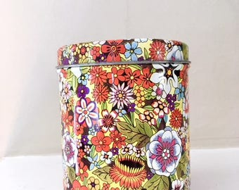 Vintage Candy Tin in Floral Pattern