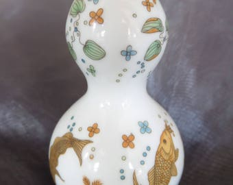 Vintage Franklin Mint Treasures of the Imperial Dynasties Double Gourd Vase with small Golden Koi Carp