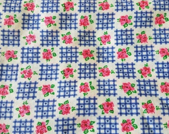 Vintage Floral Crosshatch Heart Cotton Rayon Fabric - 1960s BTY Material - Pink Blue White - 4 Yards Available