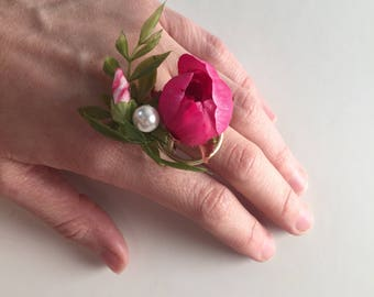 Ring Corsage: Pink, Pearl, Gold, Unique Style
