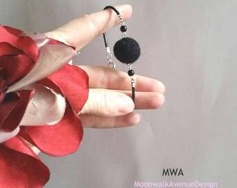 Single Felt Ball Bracelet Chic Jewelry Black Leather Slim Wrist Bracelet Cool Fashion Jewelry Pom Pom Bracelet