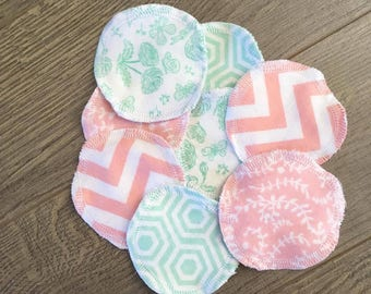 Set of 8 reusable cleansing pads