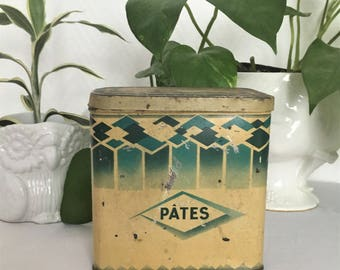 box advertising metal from the 30s