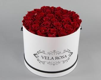 White Box- long lasting roses (Red)