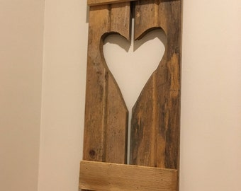 Heart shaped shutter style wall hanging