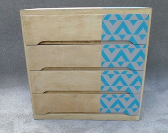 Chest of drawers - upcycled - stenciled