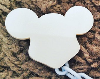 Personalized clip pacifier, Mickey clip pacifier, pacifier five clip, pacifier baby clip girl, monogram gift, pacifier clip,pacifier shapes,