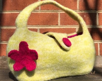 Knit Felt Handbag, Green with Pink Flower
