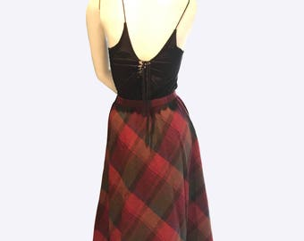 Vintage plaid swing skirt