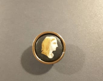 Late 19th Century porcelain picture button set in copper.