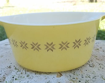 Pyrex Buttery-Yellow Town & Country 474-B, Free Shipping, CInderella                                                                       8